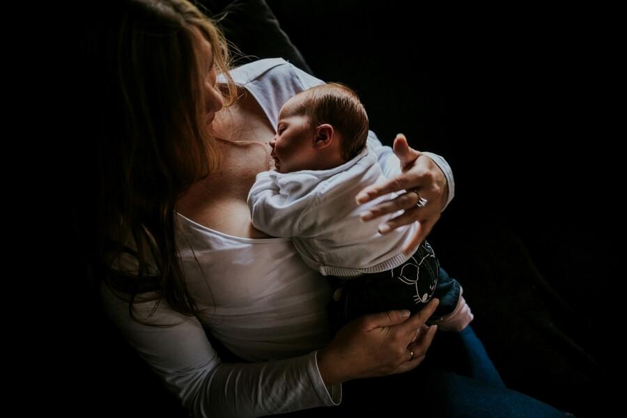 séance câlin maman et bébé