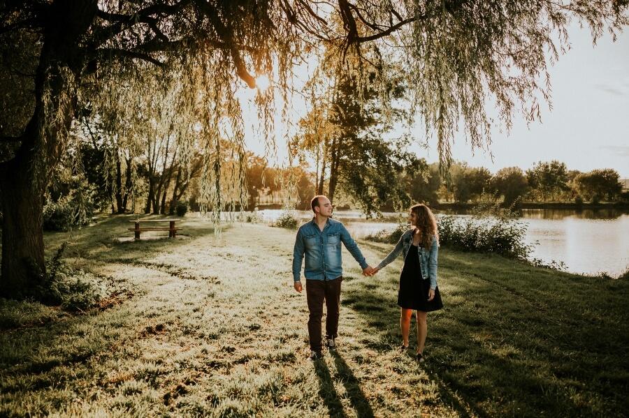 photographe mariage séance photo engagement couple nature eure et loir