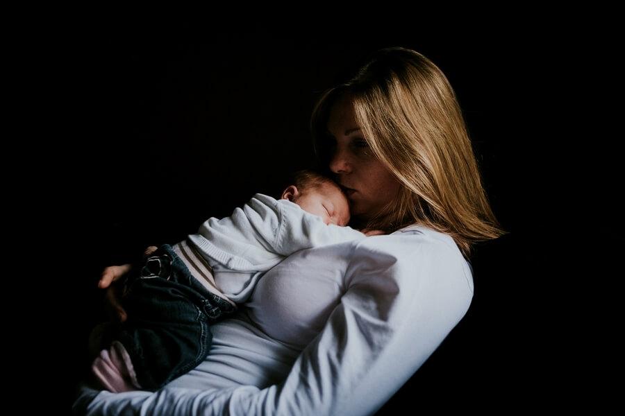 séance photo maternité nouveau-né Eure et Loir