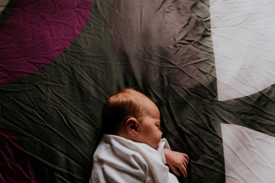 séance photo bébé dort